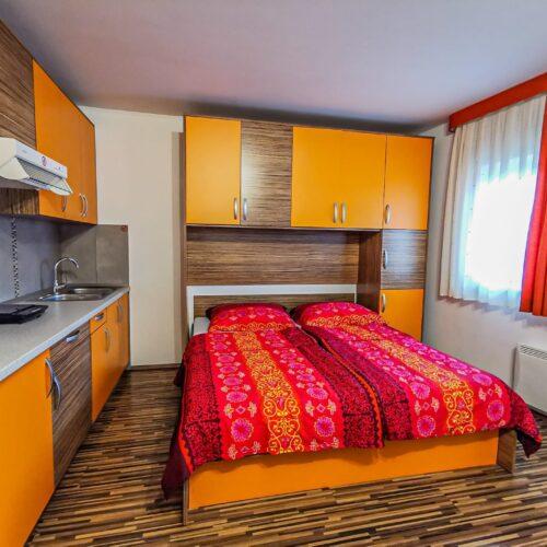 oranzni-apartma-12