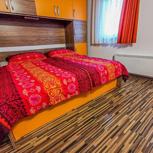 oranzni-apartma-3