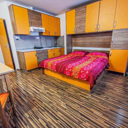 oranzni-apartma-4